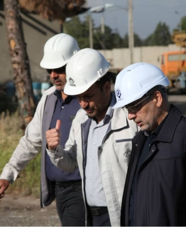 بازدید دکتر پورمند از کارخانه تولید سازه های فلزی سنگین و بتنی ماناساز آبیک