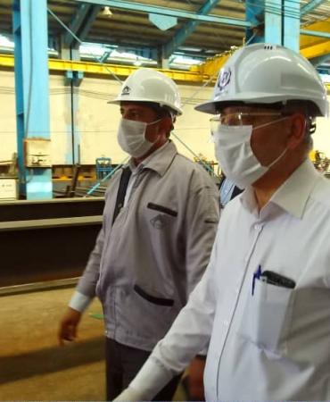 بازدید دکتر پورمند و هیئت همراه از کارخانه ماناساز آبیک