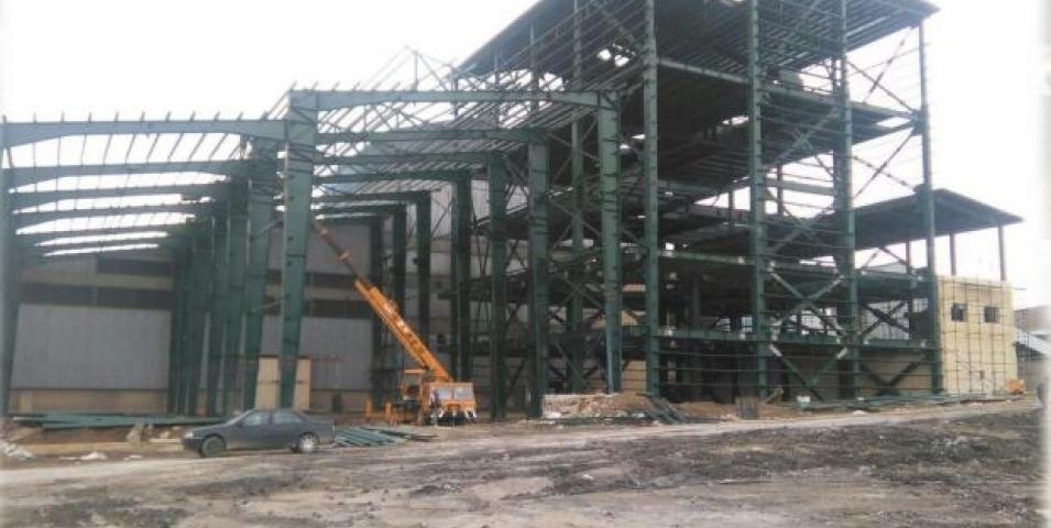 ساخت و نصب ساختمان کوره و ریخته گری فروسیلیس غرب پارس