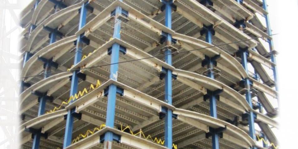 ساخت و نصب اسکلت ساختمان ستادی اداری هلال احمر ارومیه
